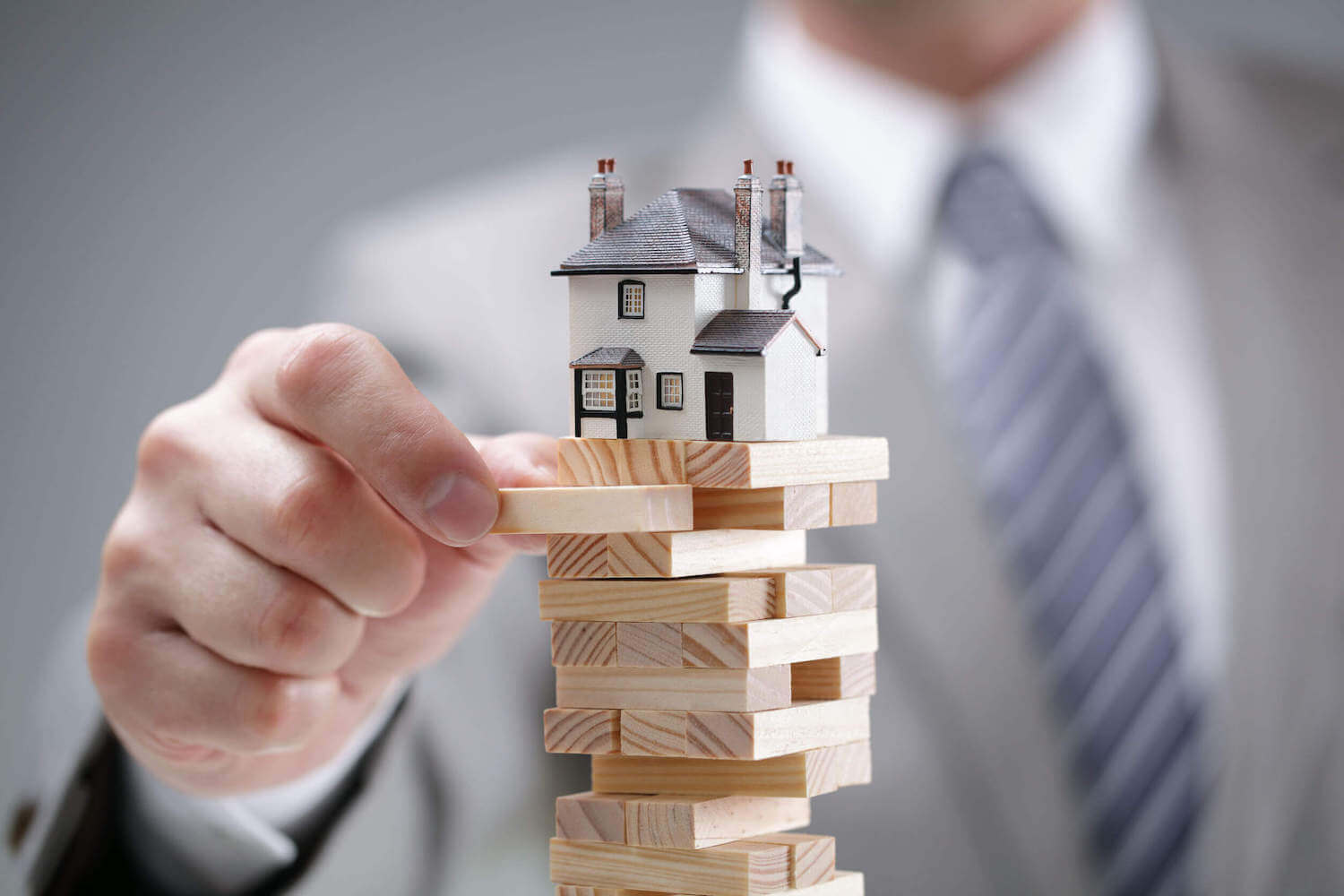 We Buy Your House In Cash! How?